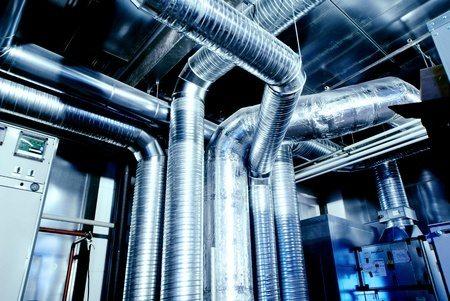 In vielen modernen Gebäuden hat es komplexe Lüftungsanlagen. Diese müssen gereinigt und gewartet werden.