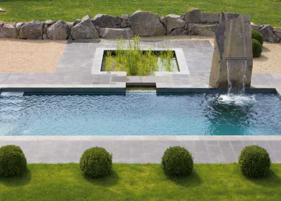 Schwimmbad, Pool in die Umgebung integrieren