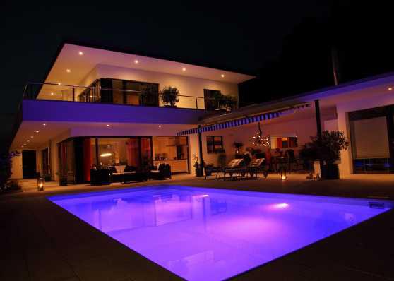Schwimmbadtechnik, LED-Beleuchtung